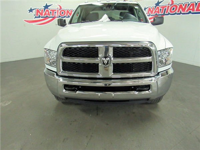 2018 Ram 2500 Crew Cab 4x4 Pickup #41836 - photo 4