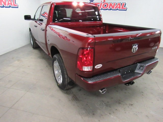 2018 Ram 1500 Crew Cab 4x4, Pickup #42079 - photo 19