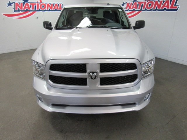 2018 Ram 1500 Crew Cab 4x4, Pickup #42121 - photo 5