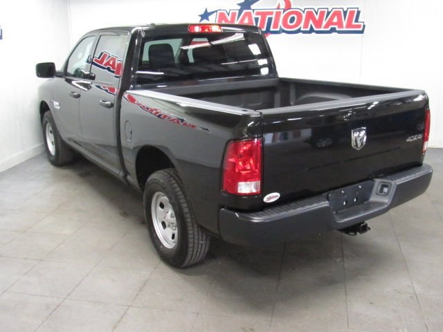 2018 Ram 1500 Crew Cab 4x4, Pickup #42157 - photo 2