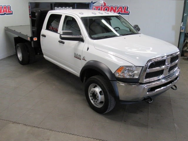 2018 Ram 5500 Crew Cab DRW 4x4,  Platform Body #42271 - photo 3