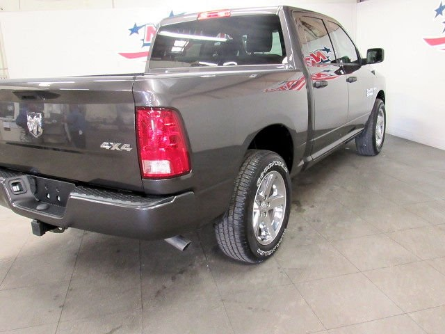 2018 Ram 1500 Crew Cab 4x4, Pickup #42302 - photo 23