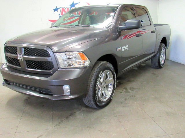 2018 Ram 1500 Crew Cab 4x4,  Pickup #42302 - photo 4