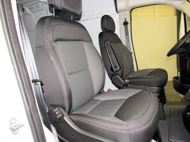 2018 ProMaster 2500 High Roof FWD,  Empty Cargo Van #42351 - photo 6