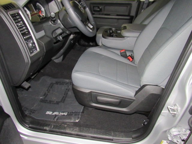2018 Ram 1500 Crew Cab 4x2,  Pickup #42415 - photo 6