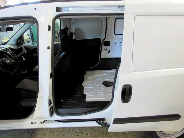 2018 ProMaster City FWD,  Empty Cargo Van #42675 - photo 4
