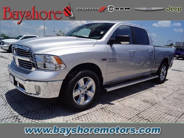 2017 Ram 1500 Crew Cab Pickup #D171287 - photo 1