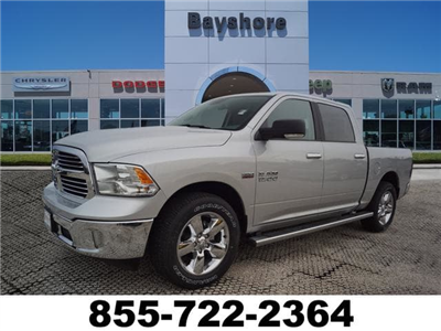 2018 Ram 1500 Crew Cab 4x2,  Pickup #D181081 - photo 1