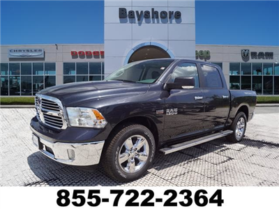2018 Ram 1500 Crew Cab 4x2,  Pickup #D181685 - photo 1