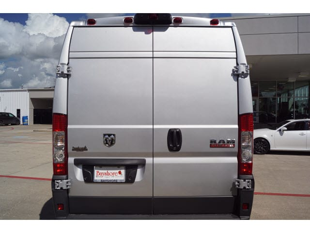 2018 ProMaster 2500 High Roof FWD,  Empty Cargo Van #D181777 - photo 3