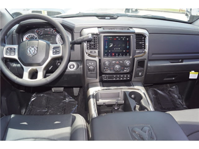 2018 Ram 3500 Crew Cab DRW 4x4, Pickup #D18264 - photo 4