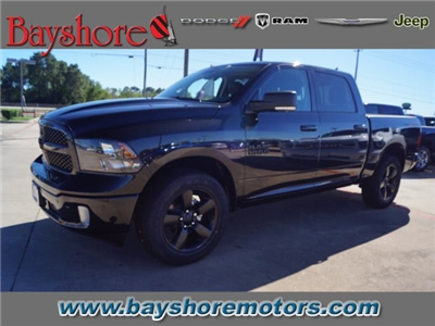 2018 Ram 1500 Crew Cab 4x4, Pickup #D18291 - photo 1