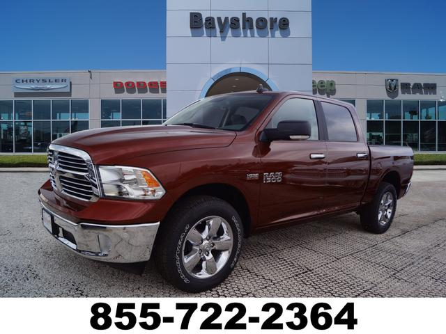 2018 Ram 1500 Crew Cab 4x4,  Pickup #D18437 - photo 1