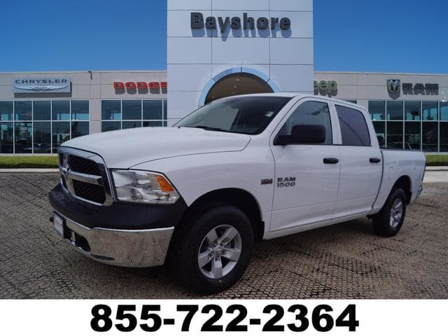 2018 Ram 1500 Crew Cab 4x4, Pickup #D18536 - photo 1