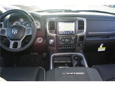 2018 Ram 1500 Crew Cab, Pickup #D18584 - photo 3