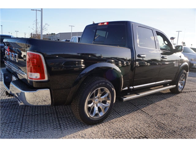 2018 Ram 1500 Crew Cab, Pickup #D18584 - photo 2
