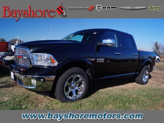 2018 Ram 1500 Crew Cab, Pickup #D18625 - photo 1