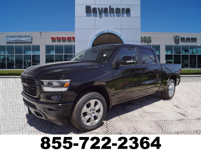 2019 Ram 1500 Crew Cab 4x2,  Pickup #D19028 - photo 1