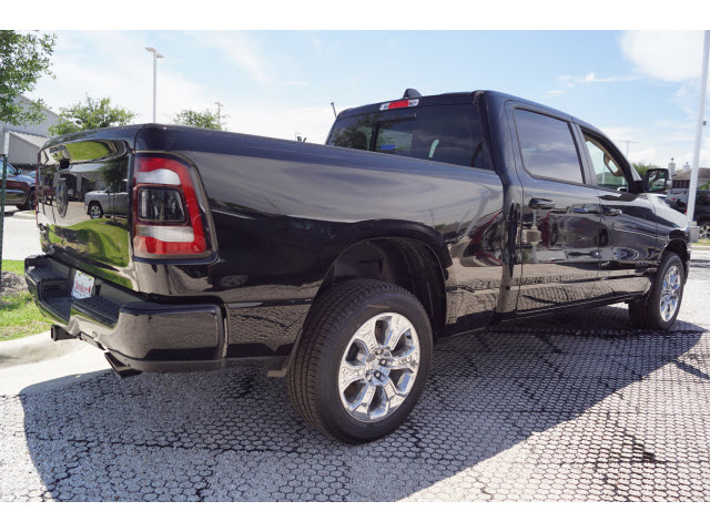 2019 Ram 1500 Crew Cab 4x2,  Pickup #D19028 - photo 3