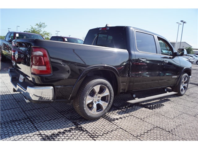 2019 Ram 1500 Crew Cab 4x2,  Pickup #D19082 - photo 3
