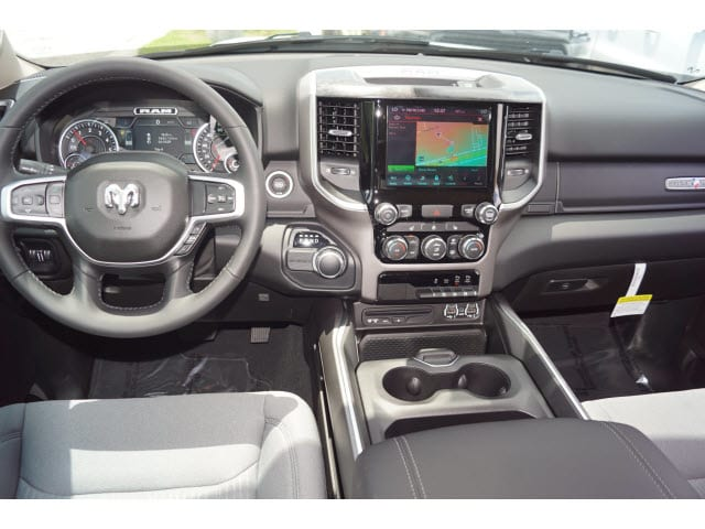 2019 Ram 1500 Crew Cab 4x2,  Pickup #D19168 - photo 4