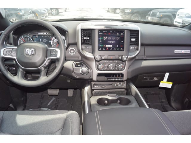 2019 Ram 1500 Crew Cab 4x2,  Pickup #D19169 - photo 4