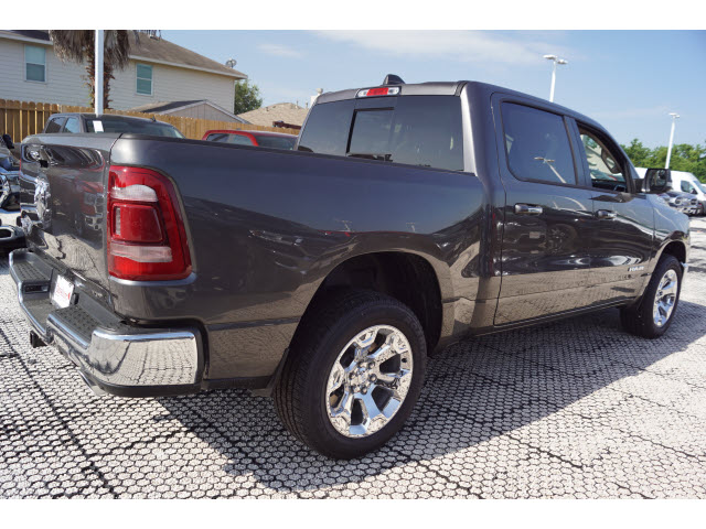 2019 Ram 1500 Crew Cab 4x2,  Pickup #D19171 - photo 3