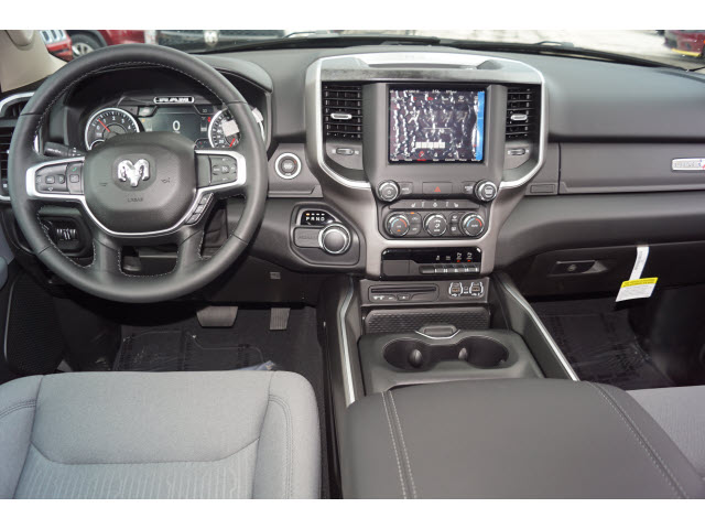 2019 Ram 1500 Crew Cab 4x2,  Pickup #D19172 - photo 4