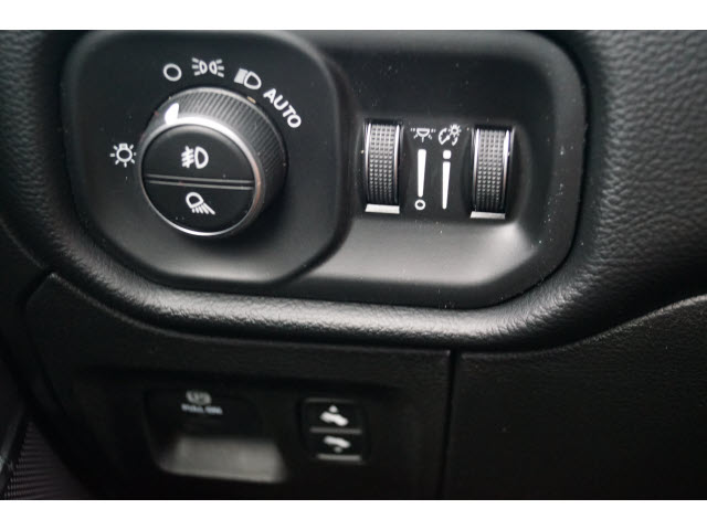 2019 Ram 1500 Crew Cab 4x2,  Pickup #D19177 - photo 13