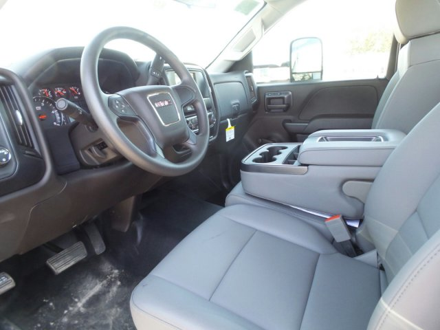 2019 Sierra 3500 Regular Cab DRW 4x2, Knapheide Concrete Concrete Body #M5528 - photo 5