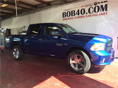 2018 Ram 1500 Crew Cab 4x4 Pickup #104239 - photo 15