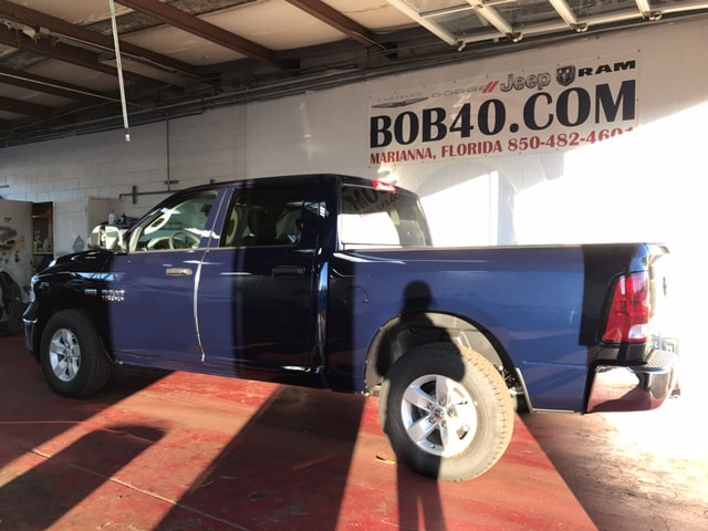 2018 Ram 1500 Crew Cab 4x4, Pickup #104253 - photo 2