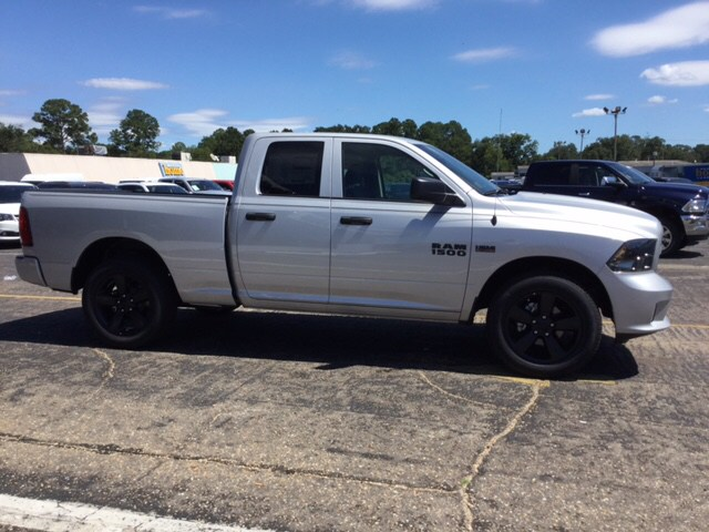 2018 Ram 1500 Quad Cab 4x2,  Pickup #104261 - photo 5