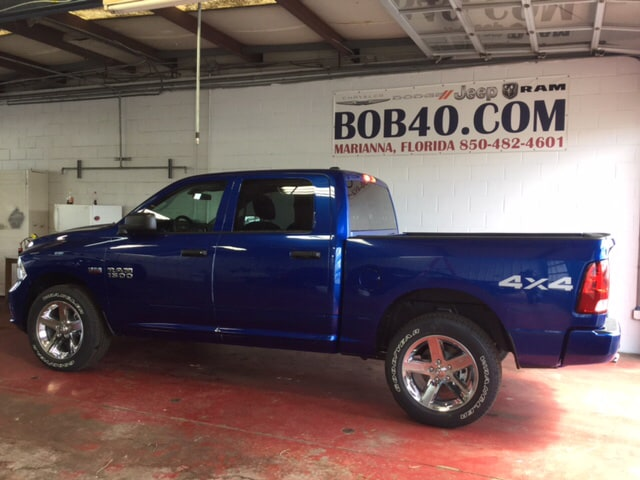2018 Ram 1500 Crew Cab 4x4, Pickup #104274 - photo 7