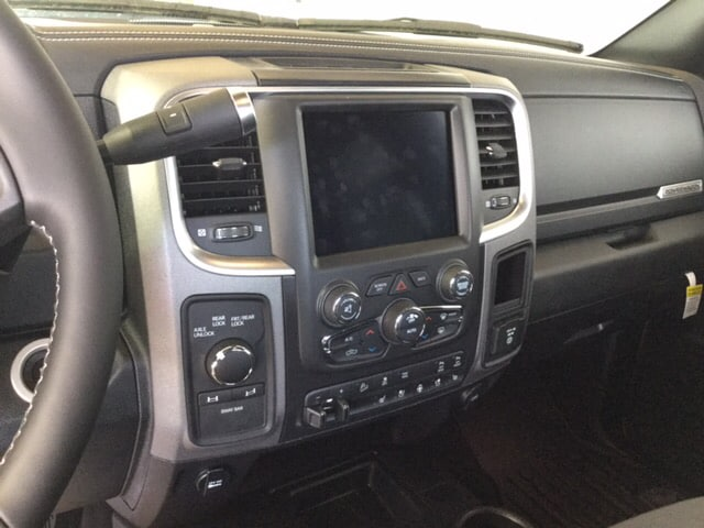 2018 Ram 2500 Crew Cab 4x4, Pickup #104297 - photo 14