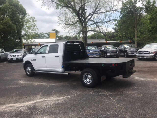 2018 Ram 3500 Crew Cab DRW 4x4, Platform Body #104298 - photo 2