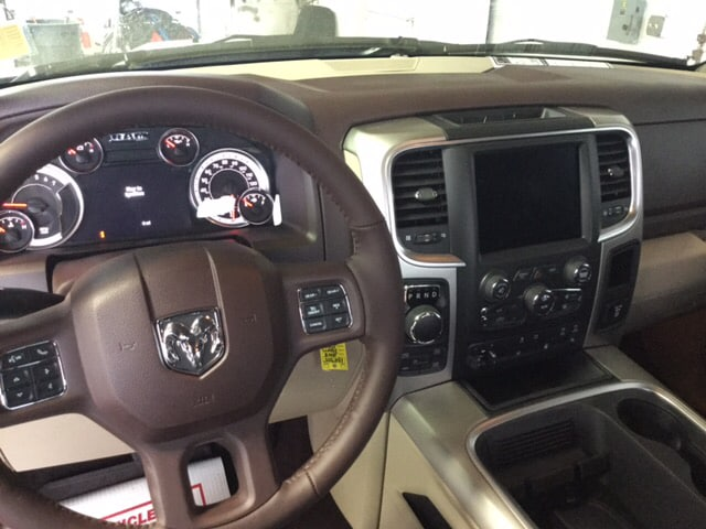 2018 Ram 1500 Crew Cab 4x4, Pickup #104355 - photo 15