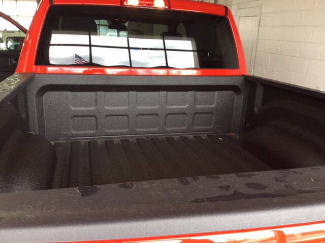 2018 Ram 1500 Crew Cab, Pickup #104376 - photo 19