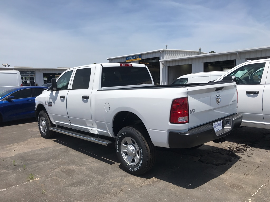 2018 Ram 2500 Crew Cab 4x4, Pickup #104418 - photo 2