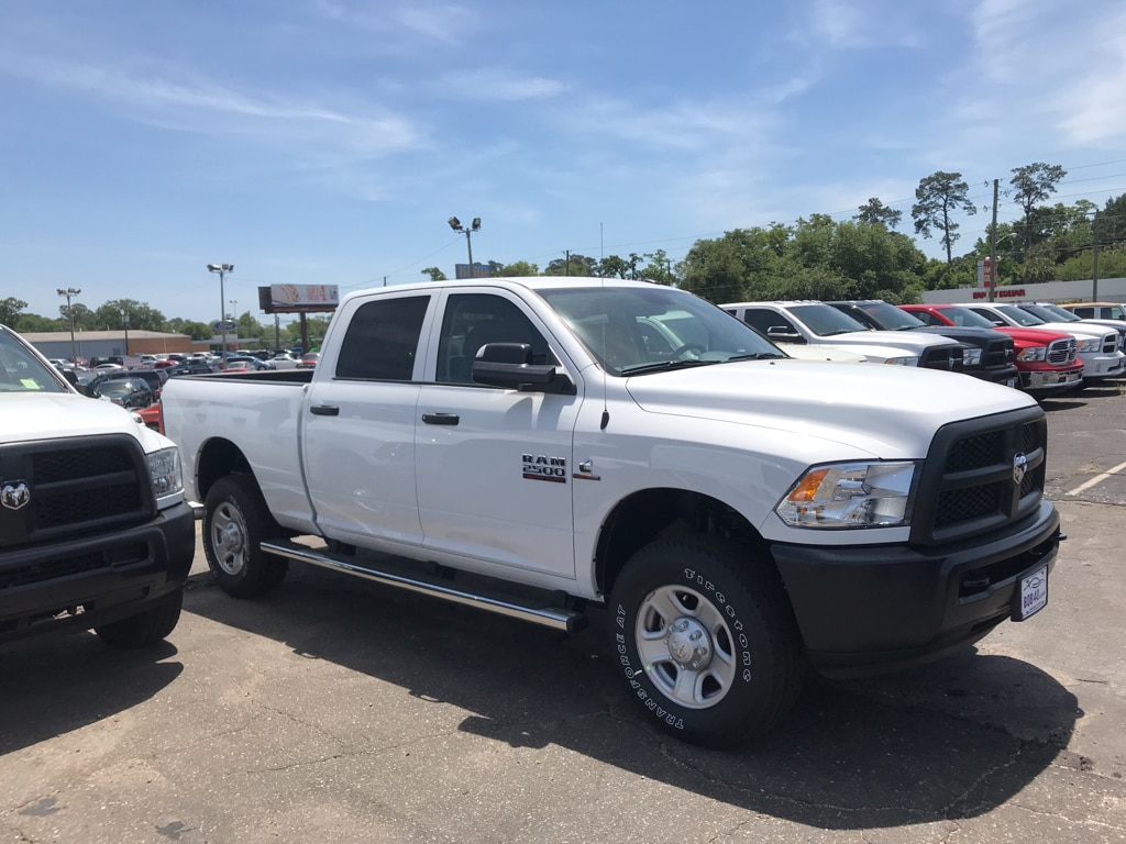 2018 Ram 2500 Crew Cab 4x4, Pickup #104418 - photo 5