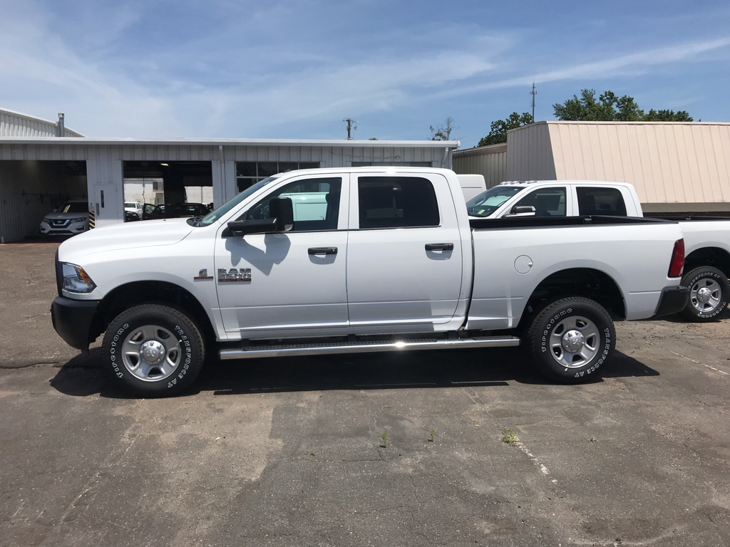 2018 Ram 2500 Crew Cab 4x4, Pickup #104418 - photo 6