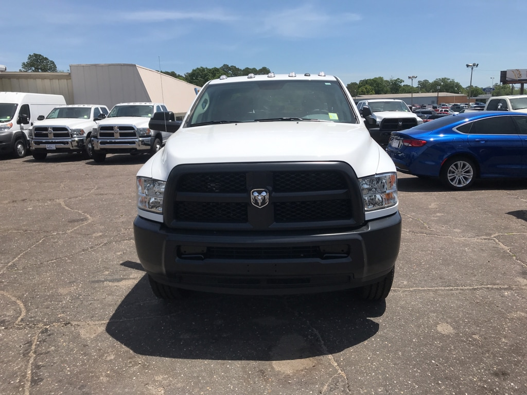 2018 Ram 2500 Crew Cab 4x4,  Pickup #104422 - photo 3