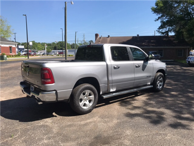 2019 Ram 1500 Crew Cab 4x4, Pickup #104423 - photo 6