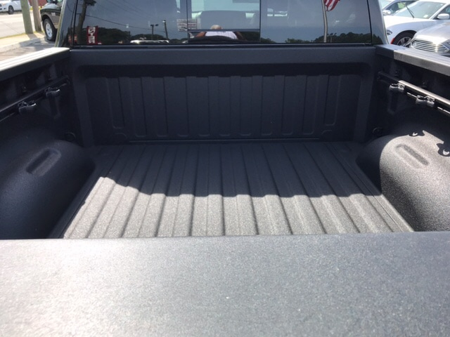 2019 Ram 1500 Crew Cab 4x4, Pickup #104439 - photo 8