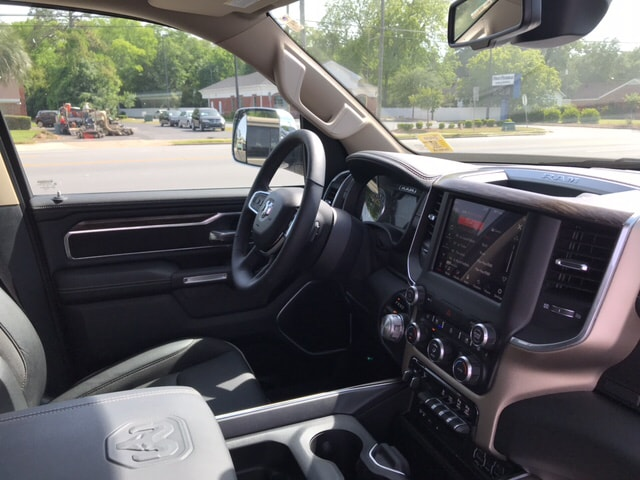 2019 Ram 1500 Crew Cab 4x4, Pickup #104439 - photo 13