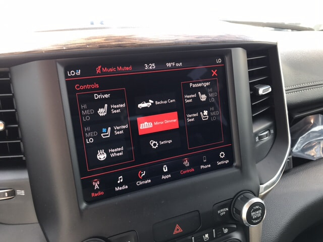 2019 Ram 1500 Crew Cab 4x4, Pickup #104439 - photo 19