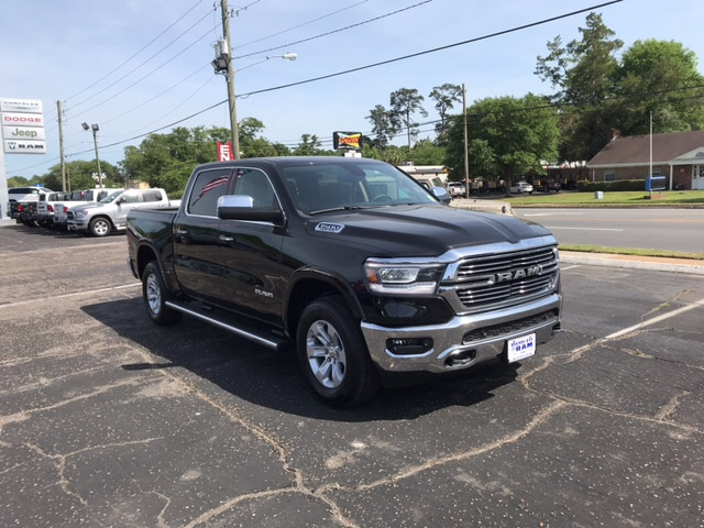 2019 Ram 1500 Crew Cab 4x4, Pickup #104439 - photo 6