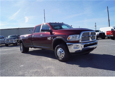 2017 Ram 3500 Crew Cab DRW 4x4, Pickup #770097 - photo 4