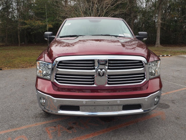 2017 Ram 1500 Crew Cab 4x4, Pickup #770431 - photo 3