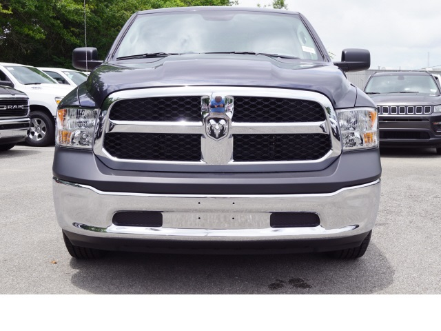 2018 Ram 1500 Quad Cab 4x2,  Pickup #780036 - photo 3
